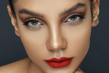 Comment réaliser un joli maquillage des yeux?
